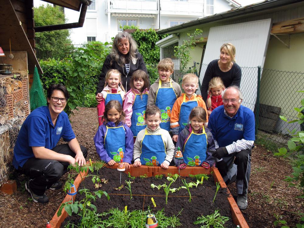 Neue Pflanzen Fur Unser Hochbeet Kindergarten St Korona Passau