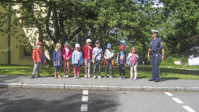 Schulanfänger fit für den Schulweg